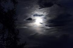 Vollmond mit Wolken